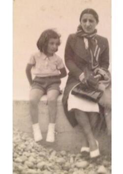Emile Bercoff, sa femme Huguette, leur fille Michèle et sa mère Mathilde Lévy
