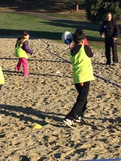 Mini golf, rugby sur sable et un temps magnifique !