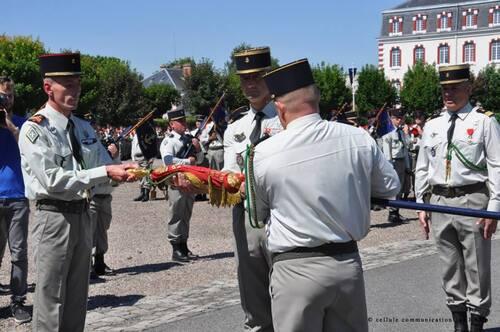 * 1000 personnes à Chalons pour célébrer les adieux du 1er RAMa le 30 juin 2015
