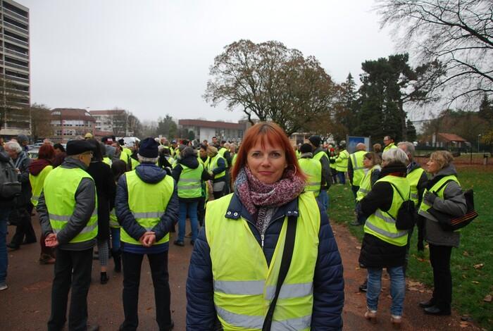 Chalon-sur-Saône  Si on donnait la parole aux gilets jaunes  voilà ce qu'ils vous diraient messieurs et mesdames les politiques