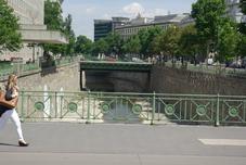 Wienfluss - rivière Vienne 34kms de long qui se jette dans le Danube à Vienne