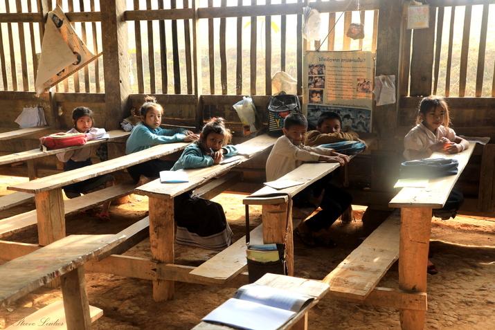 Les écoles chez les minorités du nord Laos