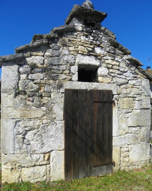 Petit patrimoine autour de Ceyzérieu