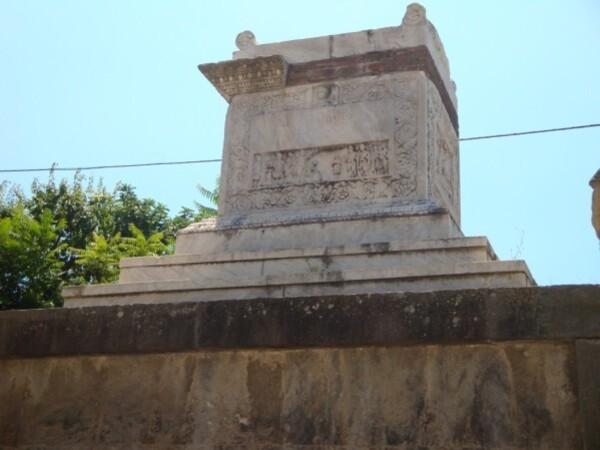 Pompei, via dei Sepolcri