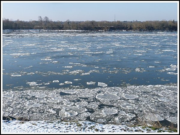 glace--vers-bords-de-loire.jpg
