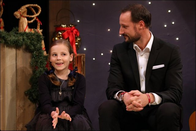 Haakon et Ingrid Alexandra à la tv