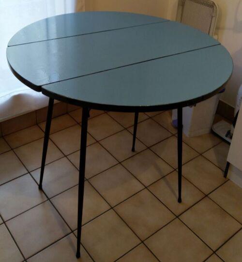 Relooker une table vintage en Formica