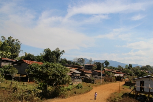 De l'île de Khong à Paksé, le plateau des Bolovens