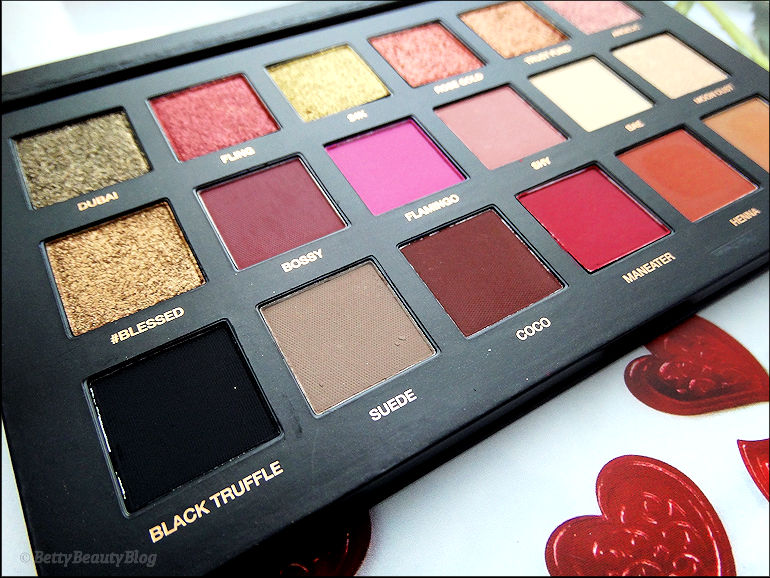 Huda beauty partie 1 Rose gold palette