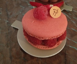 PARIS PATISSERIES TOUR