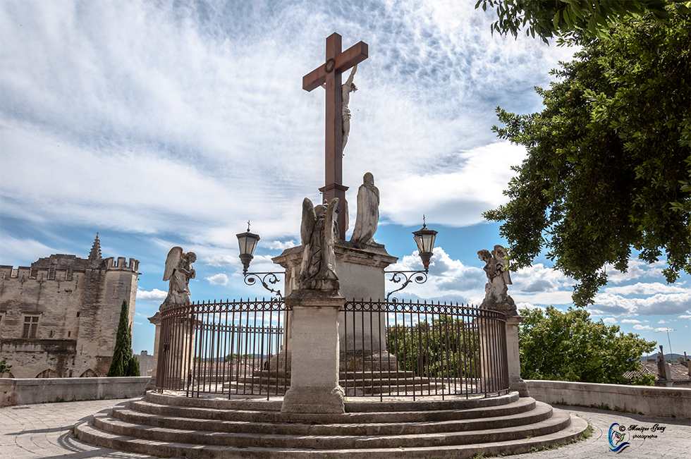 Calvaire de la Cathédrale des Doms à Avignon: TROIS PHOTOS