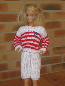 tenue-marine-pour-Barbie--3--1-.jpg