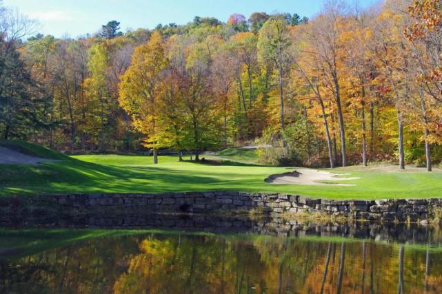 Les couleurs de l'automne au parcours duChâteau Montebello... (Photo fournie par leChâteau Montebello)
