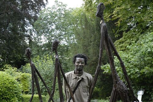 Ndary Lô, sculpteur plasticien