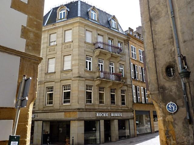 Roche Bobois rue de la Petite Boucherie Metz 8 Marc de Metz