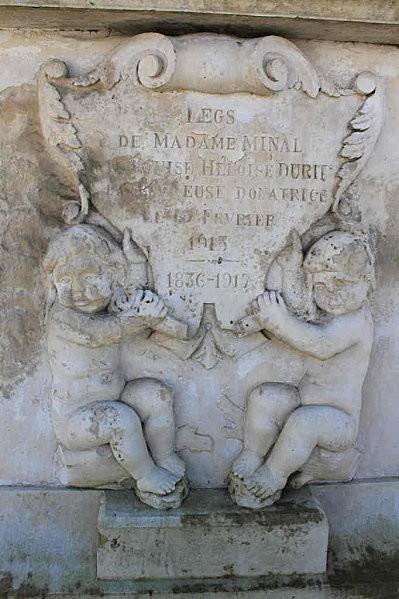 st romain de benet 15 madame Minal