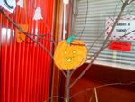* L'arbre à thème s'habille pour halloween