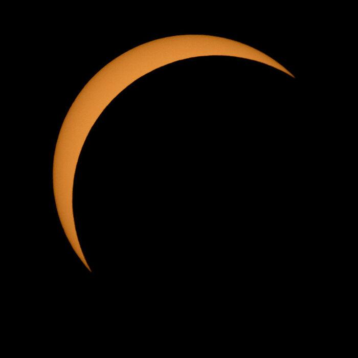 Si vous voulez faire attention à vos yeux, voici 11 photos de l'éclipse solaire d'aujourd'hui