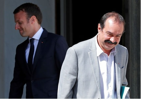 Emmanuel Macron avec Philippe Martinez, secrétaire général de la CGT, mardi 23 mai 2017 (Reuters) -source: JDD