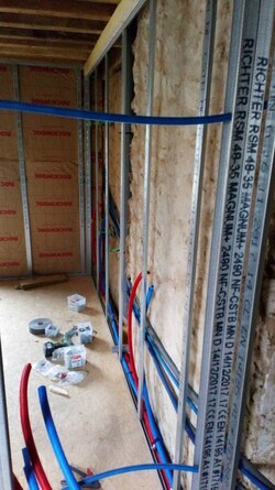 Il était une fois une maison #5: Aménagement du 1er étage (chambre, salle de bain et toilettes)