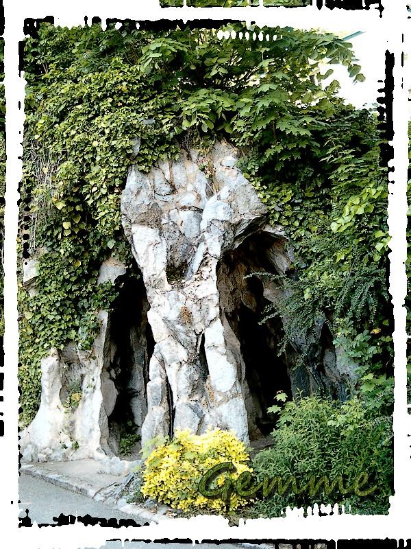 Grotte, Parc Chabrières, Oullins (69)