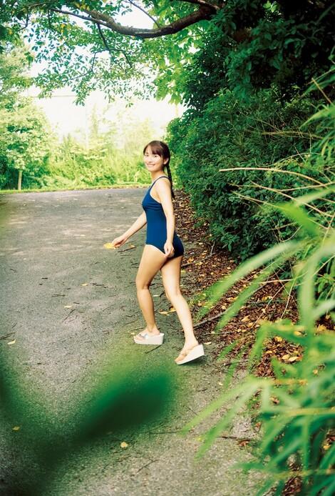 WEB Magazine : ( [FRIDAY Digital - Gravure] - |FRIDAY - 07/02/2020 - Ron Monroe : ロン・モンロウ NHK『テレビで中国語』に出演する美女がFRIDAY初登場| )