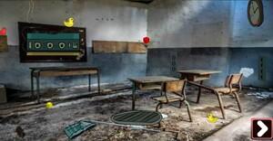 Jouer à Genie Abandoned creepy class room escape