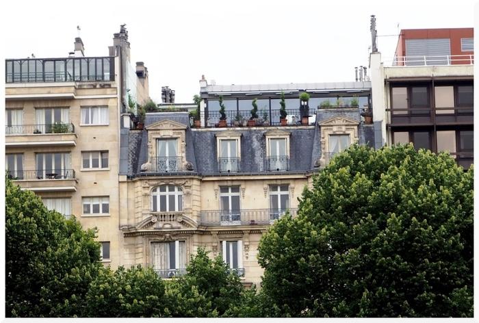 Immeubles face au
