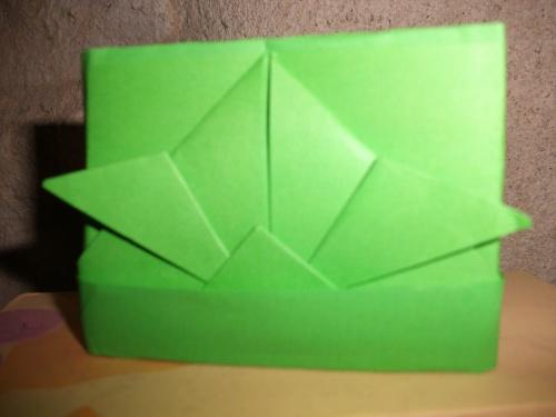 des réalisations en papier,carton,serviettes......