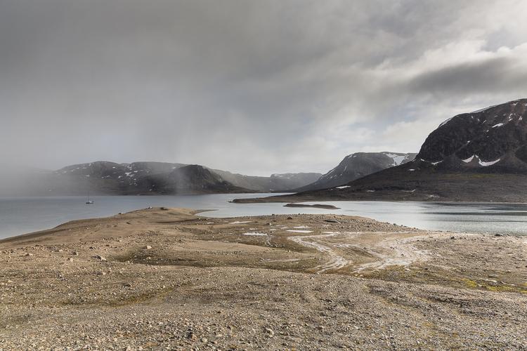 Duvefjorden : Innvika et la côte jusqu'à Duvebreen