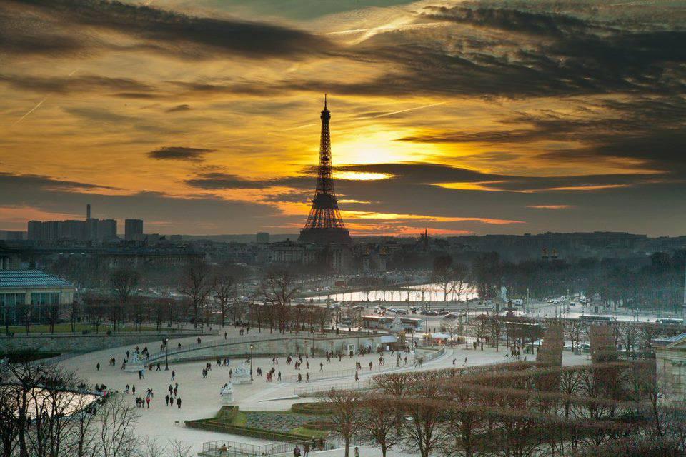 http://www.pariszigzag.fr/wp-content/uploads/2013/11/paris-zigzag-club.jpg