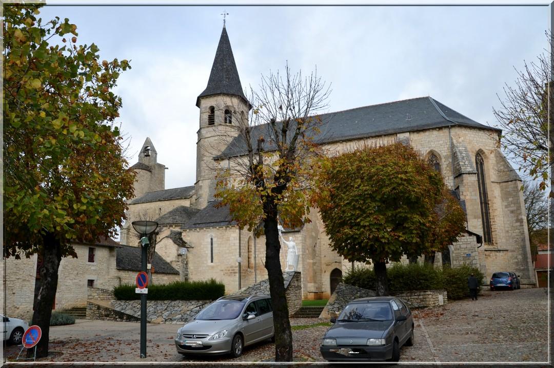 Eglise Saint-Sépulcre - Villeneuve - Aveyron (2)