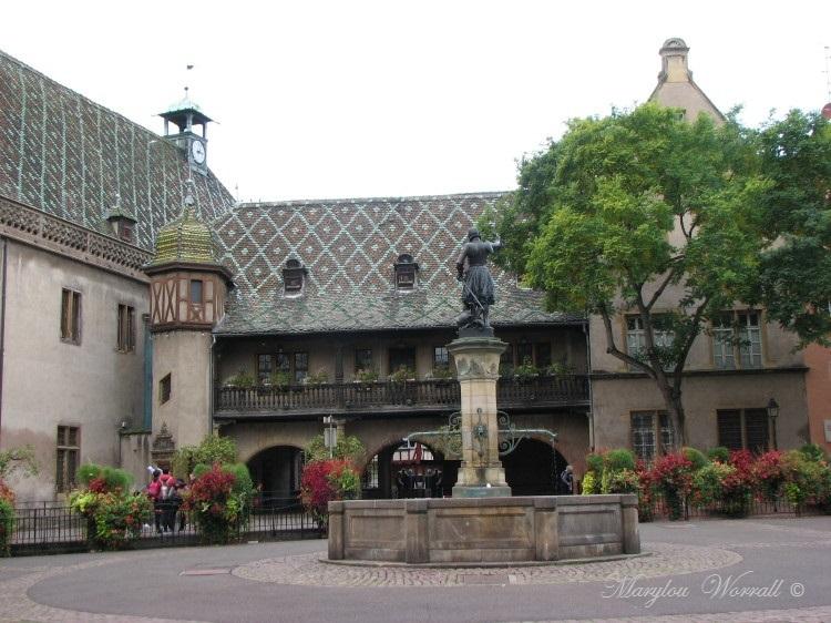 Jeux d'eau colmariens : La Fontaine Schwendi