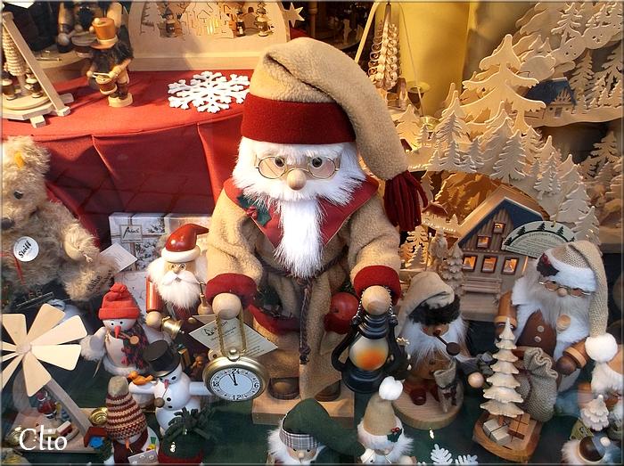 Pour Mildéfis n° 170 : Une vitrine de Noël