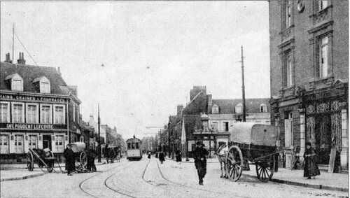 Une ligne de tramways boulevard Victor-Hugo