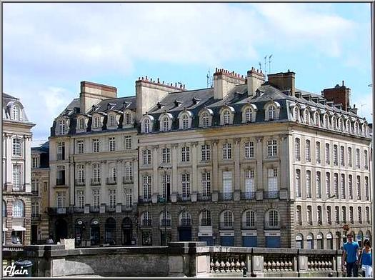 Place_du_Parlement_1
