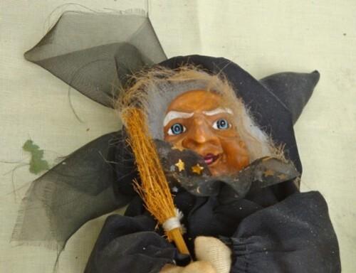 sorcière balai Halloween bibelot 4