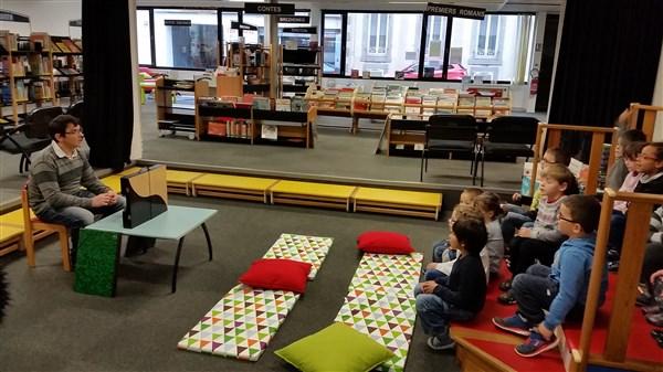 Les GS à la bibliothèque