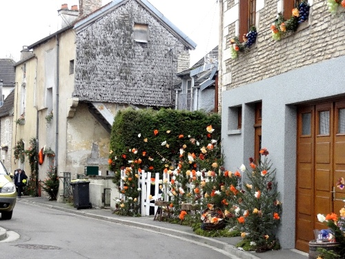 Les rues de Châtillon sur Seine décorées magnifiquement pour la Saint Vincent Tournante des Crémants de Bourgogne 2013......