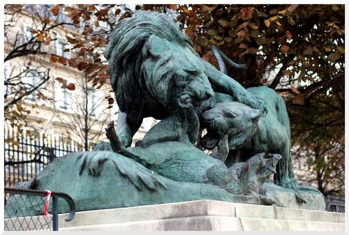 Jardin des Tuileries. Sculptures