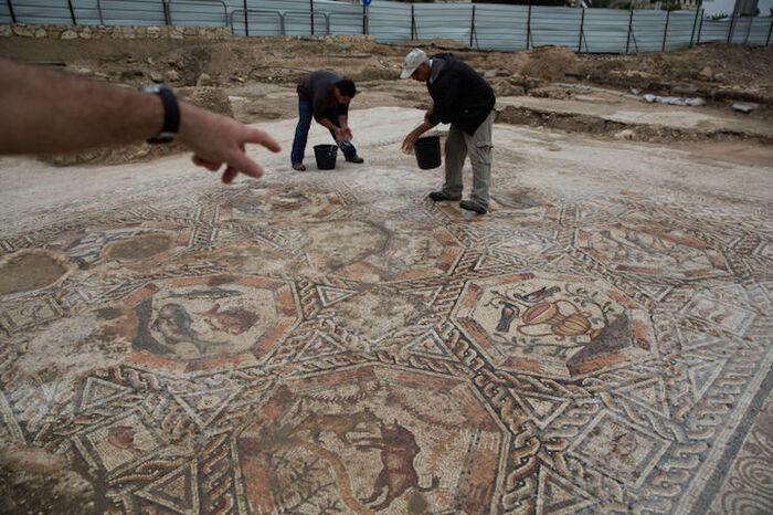 Découverte d'une mosaïque romaine vieille de 1 700 ans