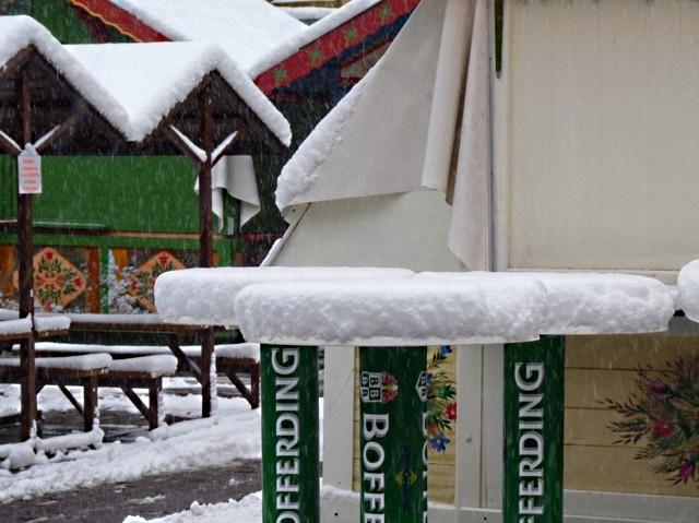 Marchés de Noël 2010 sous la neige 1 mp1357 - 2