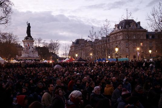 Le mouvement Nuit debout est-il en passe de devenir international?