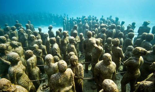 Grenade underwater