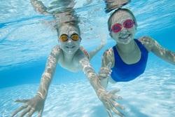 Votre enfant a peur de l'eau ? Comment faire pour le rassurer?