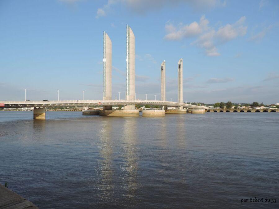 la fête du fleuve à Bordeaux (33)