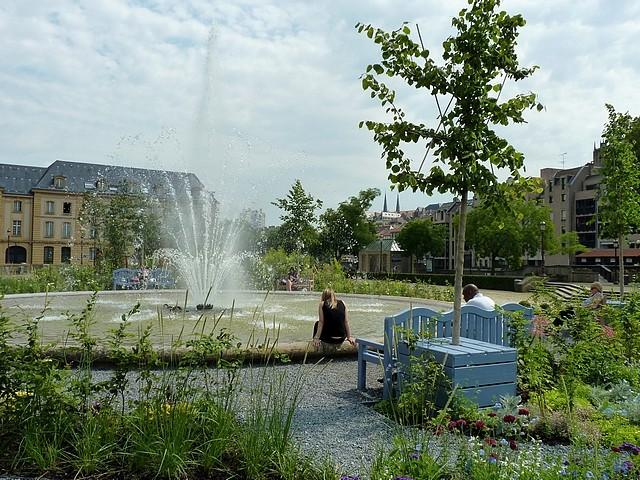 Metz un jardin en chantier 55 Marc de Metz 31 07 2012