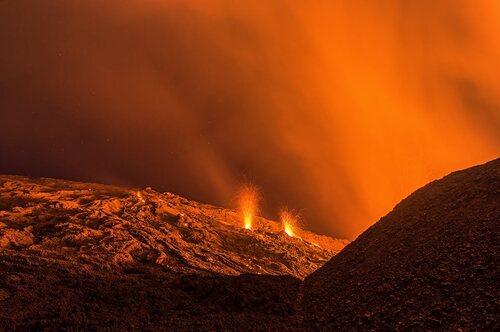 Magnifiques clichés du volcan, une autre planète