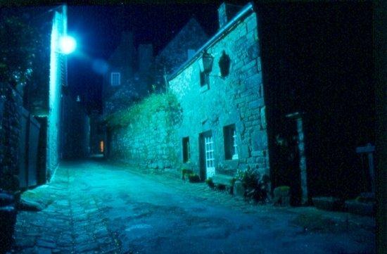autres-villes-douarnenez-france- Locronan de nuit - www.image-photo.linternaute.com