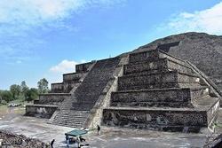 Mexique : Teotihuacan, un radiesthésiste français avait déjà trouvé le tunnel en 2015. (Yves Herbo)